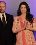aishwarya-rai-at-french-embassy-10
