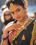 amala-paul-dancing-photos-iddarammayilatho-movie-23