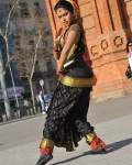 amala-paul-dancing-photos-iddarammayilatho-movie-29