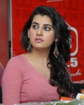 archana-at-93-5-red-fm-11