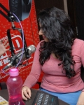 archana-at-93-5-red-fm-13