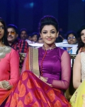 cine-maa-awards-2013-function-photos-23
