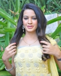 deeksha-pantha-new-photos-10
