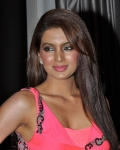 geeta-basra-hot-images-13