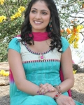 hari-priya-latest-photos-16