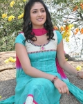 hari-priya-latest-photos-22