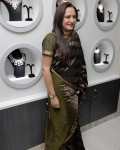 jayapradha-launches-malabar-diamond-show-room-11
