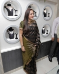 jayapradha-launches-malabar-diamond-show-room-5
