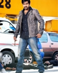 baadshah-first-look-2