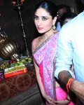 kareena-kapoor-praying-for-heroine-movie-17