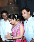 kareena-kapoor-praying-for-heroine-movie-25