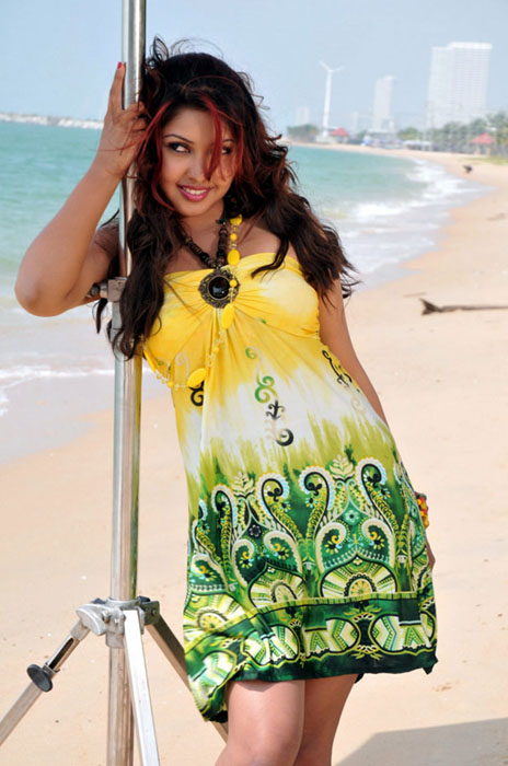 komal-jha-hot-photos-4