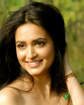 kriti-kharbanda-latest-hot-photo-shoot-11