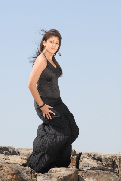nayanatara-hot-photos-10
