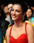 shruthi-hassan-at-asia-vision-moive-awards-2