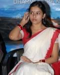 sri-divya-in-saree-photos-1