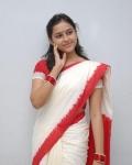 sri-divya-in-saree-photos-13