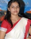 sri-divya-in-saree-photos-5