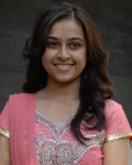 sri-divya-latest-stills-5