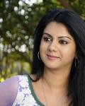 srikanth-pushyami-film-makers-movie-stills-19