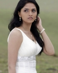 sunaina-hot-photos-13