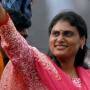 YSR's daughter Sharmila continues her padayatra in Vijayawada