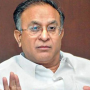 Jaipal Reddy does not comment on Telangana Congress MPs joining TRS