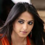 Sweety beauty Anushka six pack shocker!
