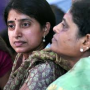 BHARATHI CAN STAY WITH JAGAN BETWEEN 8 AM TO 4 PM: COURT