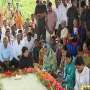 JAGAN PAYS TRIBUTES TO YSR AT IDUPALAPAYA